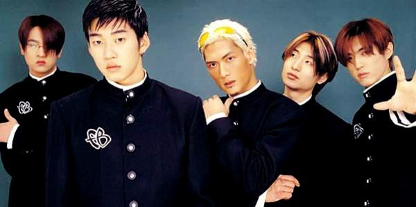 g.o.d là boygroup đầu tiên được công chúng Hàn gọi là nhóm nhạc quốc dân. Boygroup này ra mắt năm 1999, chuyên trị nhạc ballad. Đây cũng là nhóm nhạc đi đầu trong việc đưa cuộc sống gần gũi của thần tượng lên sóng truyền hình qua các show thực tế.
