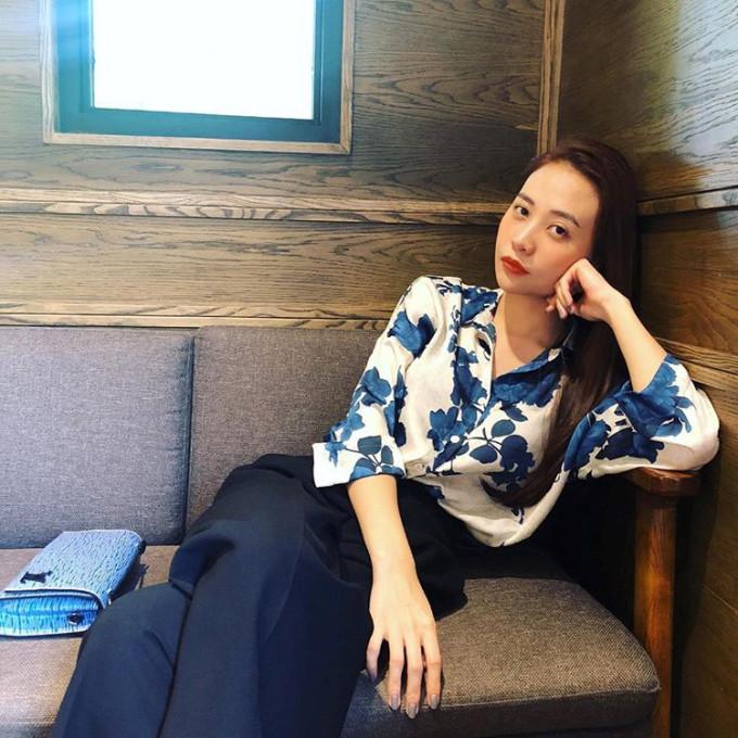 <p> Sở hữu body chuẩn chỉnh cùng chiều cao 1,7m, Đàm Thu Trang dễ mặc đẹp dù diện bất kỳ trang phục nào.</p>