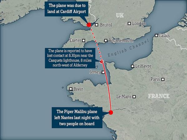 Máy bay cất cánh ở Nantes đêm 21/1, sau đó mất liên lạc lúc 20h30 ở gần hải đăng Casquets.