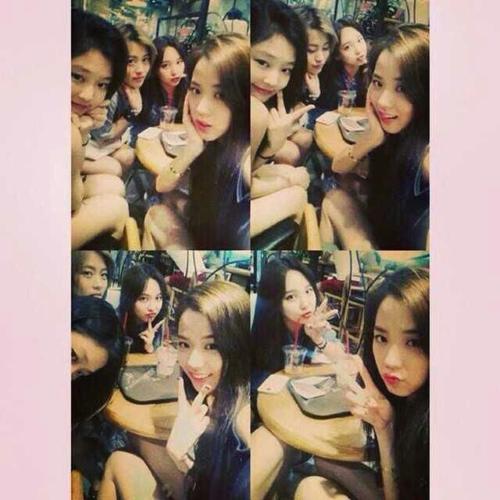 Jennie, Ji Soo và Na Yeon quen biết nhau từ trước khi debut.