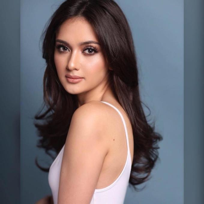 <p> Nhan sắc đến từ Philippines - Ma Ahtisa Manalo - Á hậu 1 Miss International 2018 cũng nằm trong top 5 của cuộc bầu chọn. Người đẹp 21 tuổi, cao 1,73 m.</p>