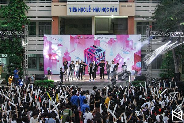 Đến hẹn lại lên, ngày 26/1 tại sân trường THPT Phú Nhuận (TP HCM)