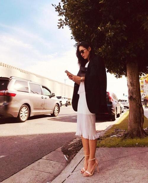 Son Ye Jin đăng ảnh đi du lịch một mình sau tin đồn tình cảm với Hyun Bin.