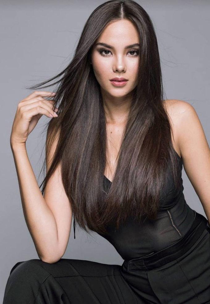 <p> Catriona Gray - Top 6 Miss World là Hoa hậu đẹp nhất thế giới năm 2016. Cùng năm, cô cũng trở thành Hoa hậu của các hoa hậu do chuyên trang Global Beauties - đối thủ của Missosology bầu chọn.</p>