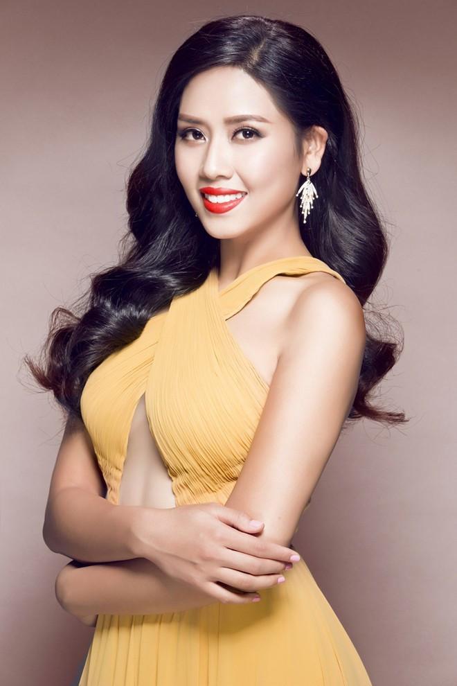 <p> Nguyễn Thị Loan được bình chọn vào Top 71 Hoa hậu đẹp nhất thế giới 2014. Năm đó, cô đại diện Việt Nam thi Miss World và lọt vào Top 25.</p>
