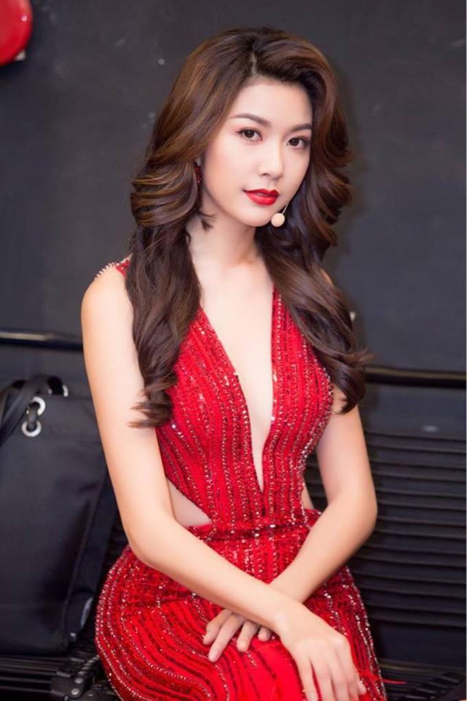 """<p> Phạm Hồng Thúy Vân đăng quang Á hậu 3 Miss International 2015. Thành tích này giúp cô dễ dàng có một """"vé"""" trong bảng bình chọn Timeless Beauty cùng năm. Tuy nhiên, cô chỉ dừng ở Top 66.</p>"""