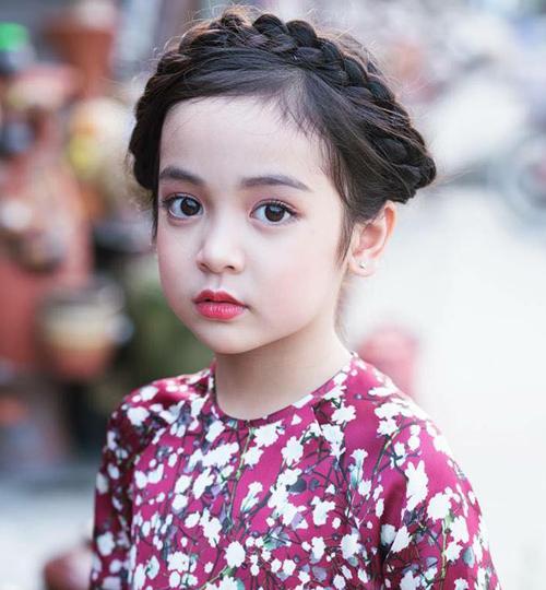 Chu Diệp Anh được mệnh danh là mẫu nhí số một Việt Nam với hơn 300 nghìn người theo dõi trên trang cá nhân. Từ khi lên 3 tuổi, Diệp Anh đã nhẵn mặt trong các sự kiện, bộ ảnh thời trang.