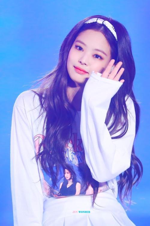 Yoon Ah gây bất ngờ khi vào BXH những nữ idol xinh đẹp nhất - 5