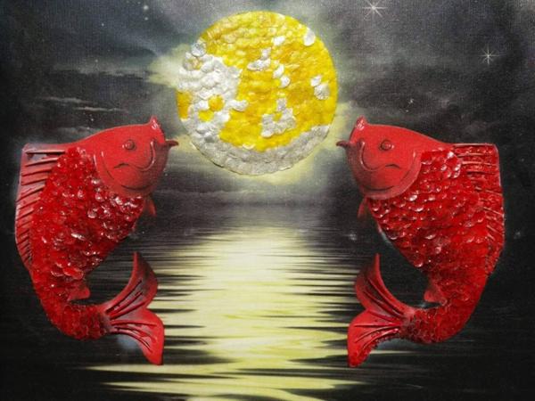 Tranh vảy cá  một sản phẩm sáng tạo của Ngọc Biết.