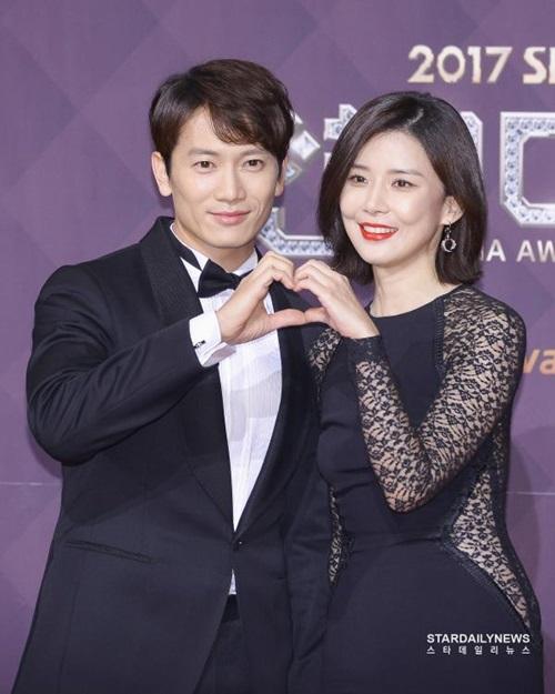 Ji Sung từng muốn bỏ sự nghiệp để theo đuổi Park Bo Young.