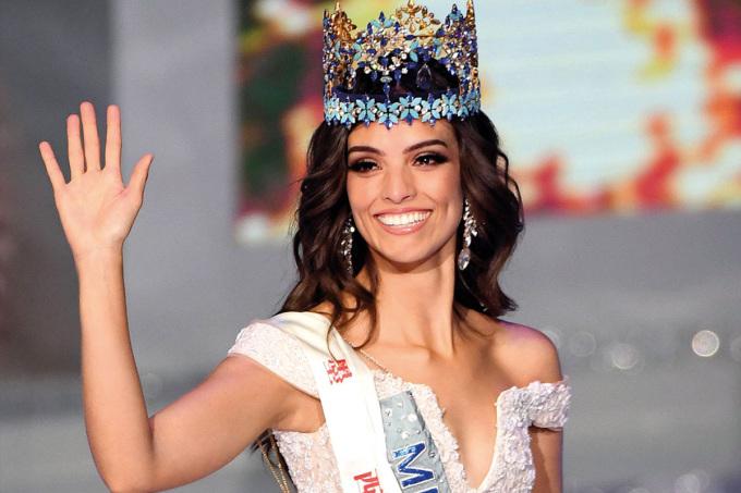 <p> Người đẹp Mexico - Vanessa Ponce - đăng quang Hoa hậu Thế giới 2018. Cô từng đăng quang Quán quân Mexico's Next Top Model 2014. Cô năm nay 25 tuổi, cao 1,72 m.</p>
