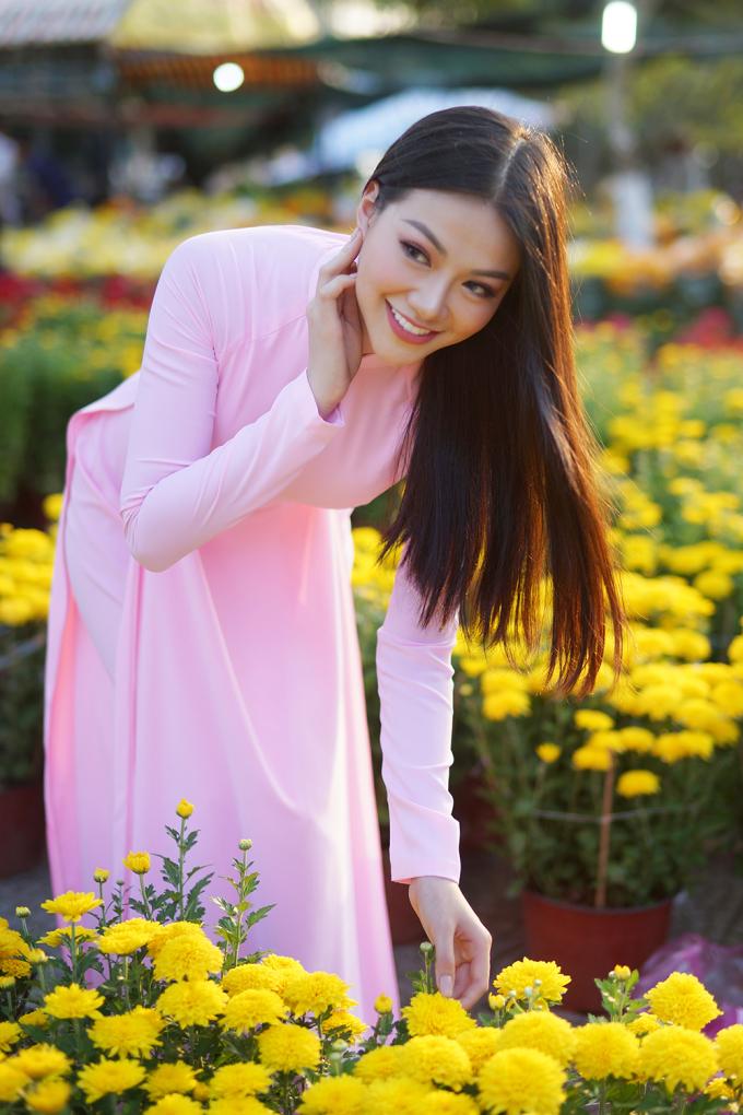 <p> Vương miện Miss Earth cho Phương Khánh cơ hội thực hiện hoài bão, đóng góp tiếng nói, kêu gọi nâng cao ý thức bảo vệ môi trường, chống biến đổi khí hậu.</p>