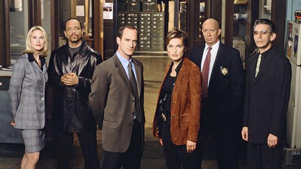 5 phim truyền hình Mỹ cực hack não về thế giới tội phạm và pháp luật - 2
