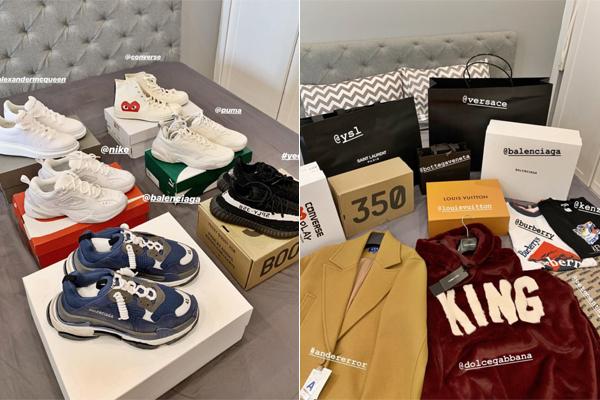 Nam ca sĩ sắm một lúc 5 đôi giày, hàng chục bộ quần áo, kèm theo đó là túi xách, phụ kiện Louis Vuitton, Versace... Tổng kho đồ hiệu này cũng ngốn của Đức Phúc vài trăm triệu đồng.