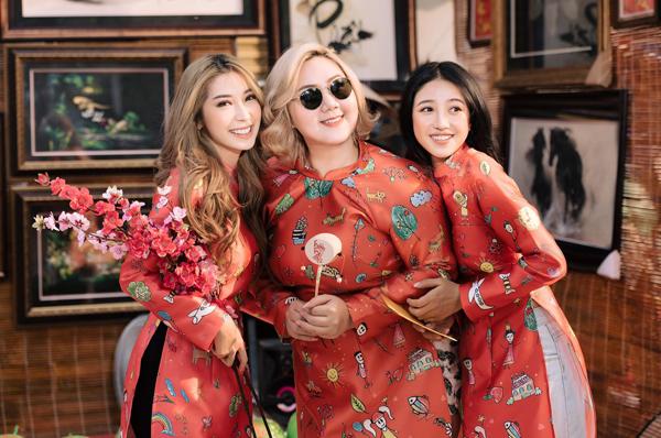 Bộ ba Khổng Tú Quỳnh, Minh Thảo, Trịnh Thảo rủ nhau diện áo dài tông xuyệt tông xuống phố.