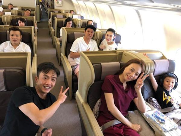Đàm Thu Trang ngày càng thân với con riêng Hồ Ngọc Hà - 2