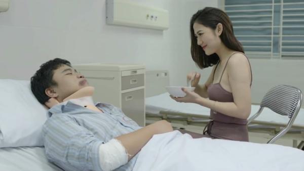 Trang Cherry trong một cảnh phim.