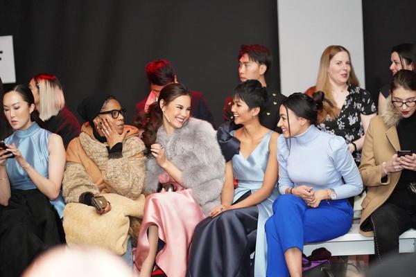 HHen Niê mặc đồ bất chấp thời tiết khi dự New York Fashion Week - 5