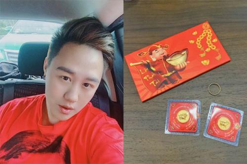 Trung Quân Idol cũng mua vàng ngày vía Thần Tài.