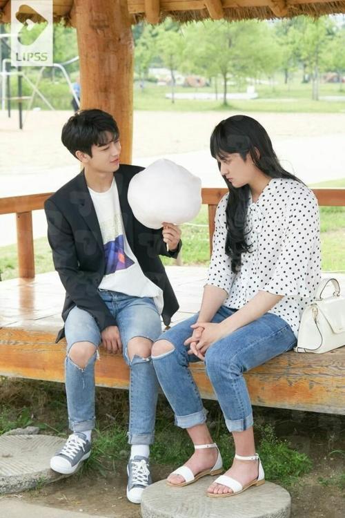 YunChan (Yun Hyeong - Chan Woo) - cặp đôi duy nhất mà fan iKON tin real.