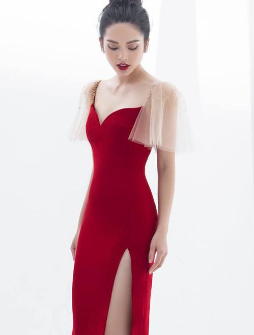 Trang phục cũng rất phù hợp với cô nàng có vẻ đẹp mong manh Quỳnh Lương.