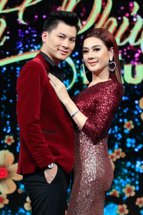 Lâm Khánh Chi dọa ly dị nếu chồng không thấu hiểu