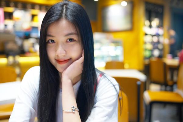 Ít người biết, Lương Thanh từng là Thủ khoa đầu vào của trường ĐH Sân khấu Điện ảnh năm 2014.