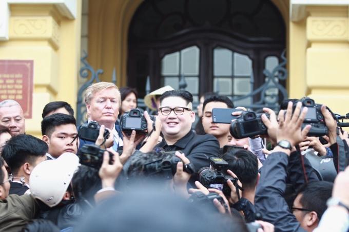 <p> Hai người dự kiến ở lại Hà Nội cho tới khi Hội nghị Thượng đỉnh kết thúc. Ảnh: <em>Thúy Quỳnh.</em></p>