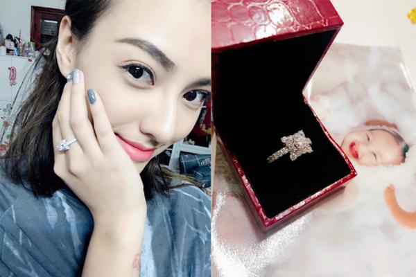 Chiếc nhẫn kim cương của Hồng Quế.