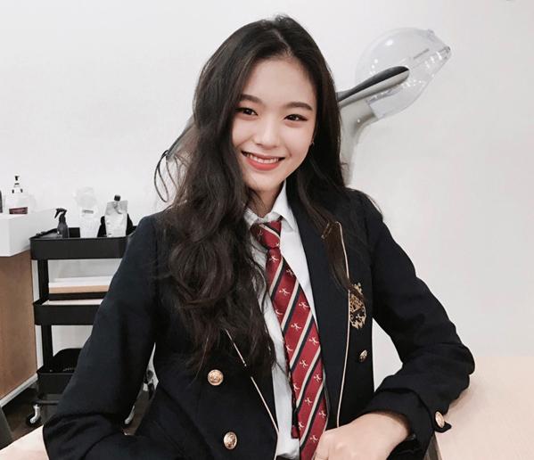4 quy định ăn mặc khắt khe khi đi học của nữ sinh Hàn - 1