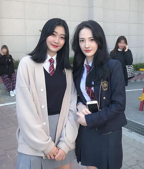 4 quy định ăn mặc khắt khe khi đi học của nữ sinh Hàn