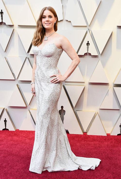 Tối ngày 24/2 (tức sáng sớm ngày 25/2 ở Việt Nam), thảm đỏ khủng nhất hành tinh Academy Awards - Oscar 2019 đã chính thức được khai mạc tại Dolby Theatre, Los Angeles