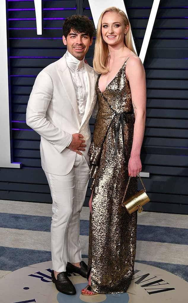 <p> Joe Jonas vàSophie Turner.</p>