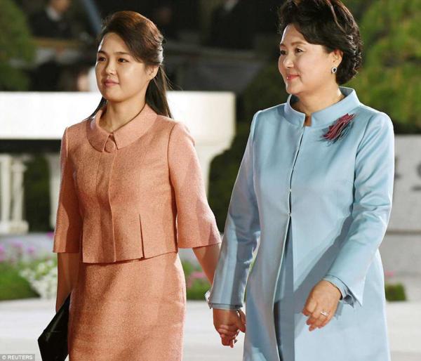 Đệ nhất phu nhân Mỹ - Triều không đến Hà Nội