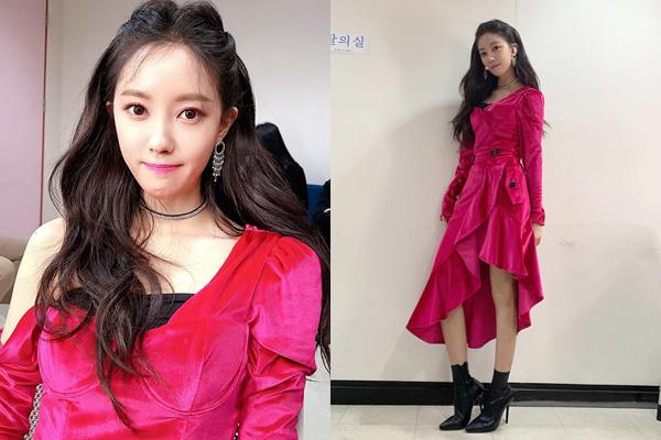 Hyo Min ghi hình show âm nhạc với bộ đầm lệch vai quyến rũ.