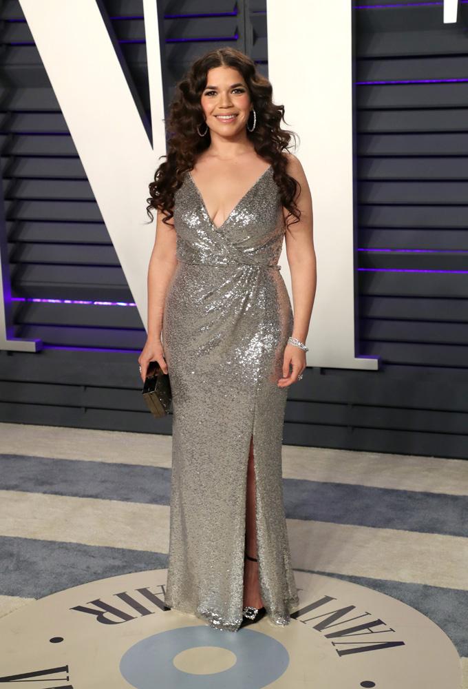 <p> Nữ diễn viên America Ferrera, người từng đoạt giải Quả Cầu Vàng cho nữ diễn viên chính xuất sắc nhất trong bộ phim truyền hình nhiều tập <em>Ugly Betty.</em></p>