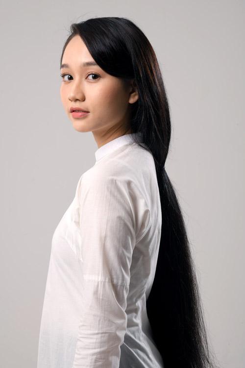 Cô sinh viên được Victor Vũ chọn làm Mắt Biếc trên màn ảnh.