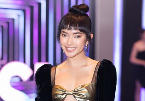 Đông Nhi gia nhập hội mỹ nhân tóc ngắn, cực tình bên Ông Cao Thắng - 5