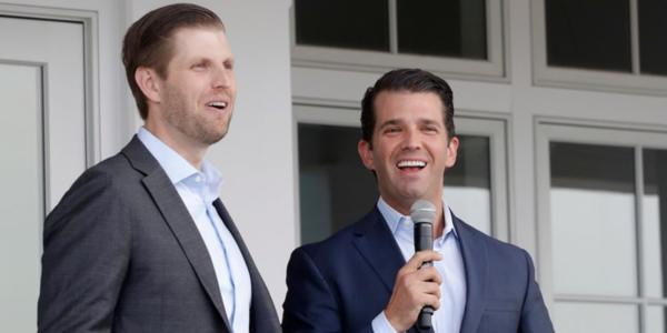 Eric Trump (trái)và Donald Trum Jr.