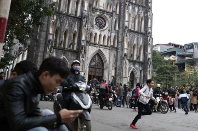 <p> Nhà thờ Lớn ở quận Hoàn Kiếm, Hà Nội.</p>