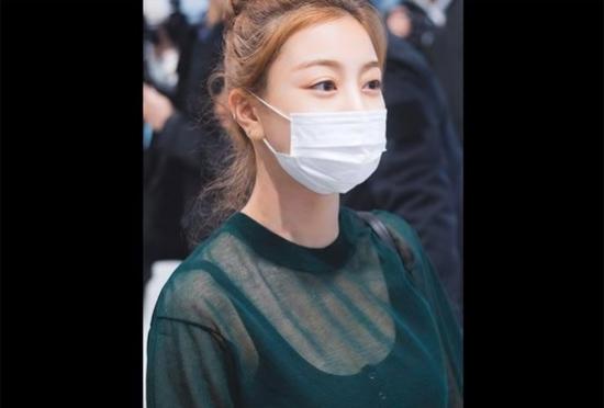 Paparazzi có nhận ra idol Hàn sau lớp khẩu trang? (6) - 1