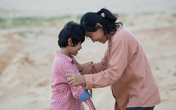'Hạnh phúc của mẹ' của Cát Phượng gây tiếc nuối vì thiếu chiều sâu