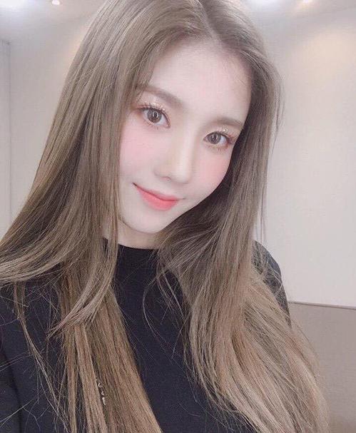 5 mỹ nhân Kpop nâng tầm nhan sắc khi đổi kiểu tóc đầu năm 2019 - 6