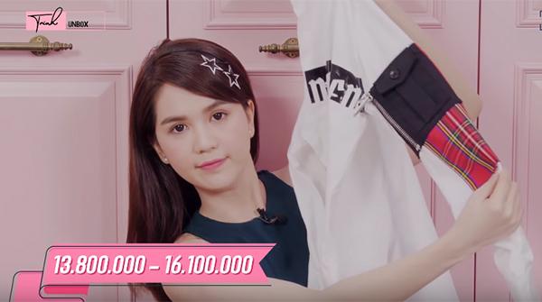 Loạt đồ mới mua của người đẹp có phong cách năng động, giá trên dưới 10 triệu đồng một chiếc.