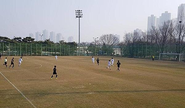 Hình ảnh về trận đấu được chia sẻ trên trang fanpage của hội CĐV Incheon United.