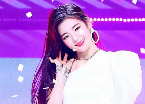 4 nàng Ji Soo sở hữu nhan sắc cực phẩm, là hiện tượng của Kpop - 3