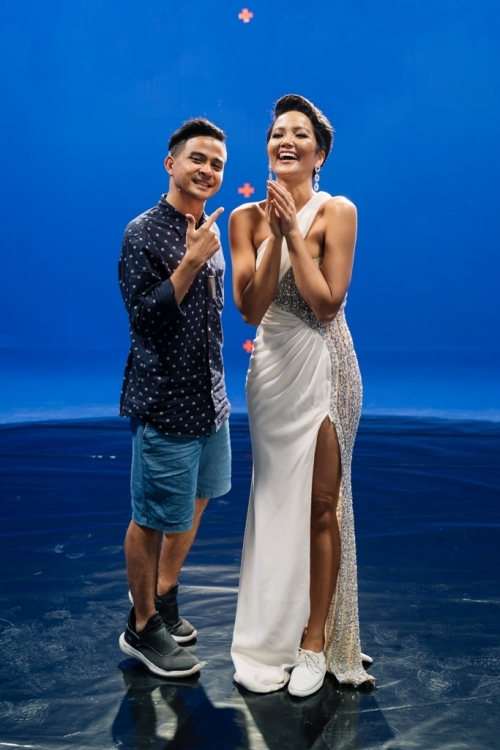Đạo diễn đình đám Thái Lan hứng thú khi làm việc chung cùng HHen Niê