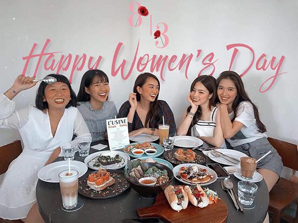 Kaity Nguyễn đón ngày Quốc tế Phụ nữ bên hội bạn thân toàn gái xinh.