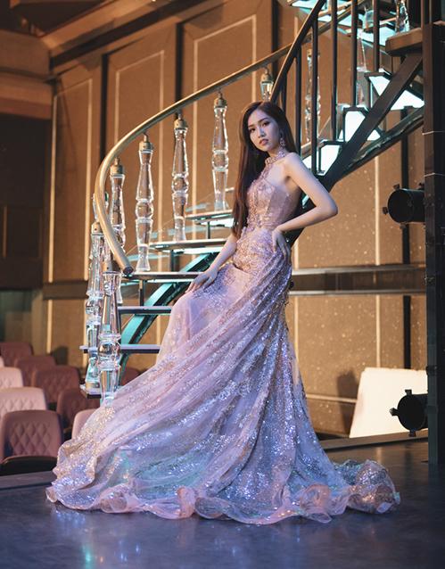 Trang phục người đẹp dự định chọn cho chung kết.