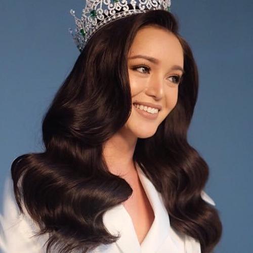 Trixie Marisela, thí sinh Philippines đăng quang Hoa hậu Chuyển giới Quốc tế 2016. Trước đó, cô ước mơ dùng sức lan tỏa của bản thân để thay đổi cái nhìn của cộng đồng với người chuyển giới. Hiện cô đang sống tại Queenland, Australia và theo học Thạc sĩ Quản trị kinh doanh.